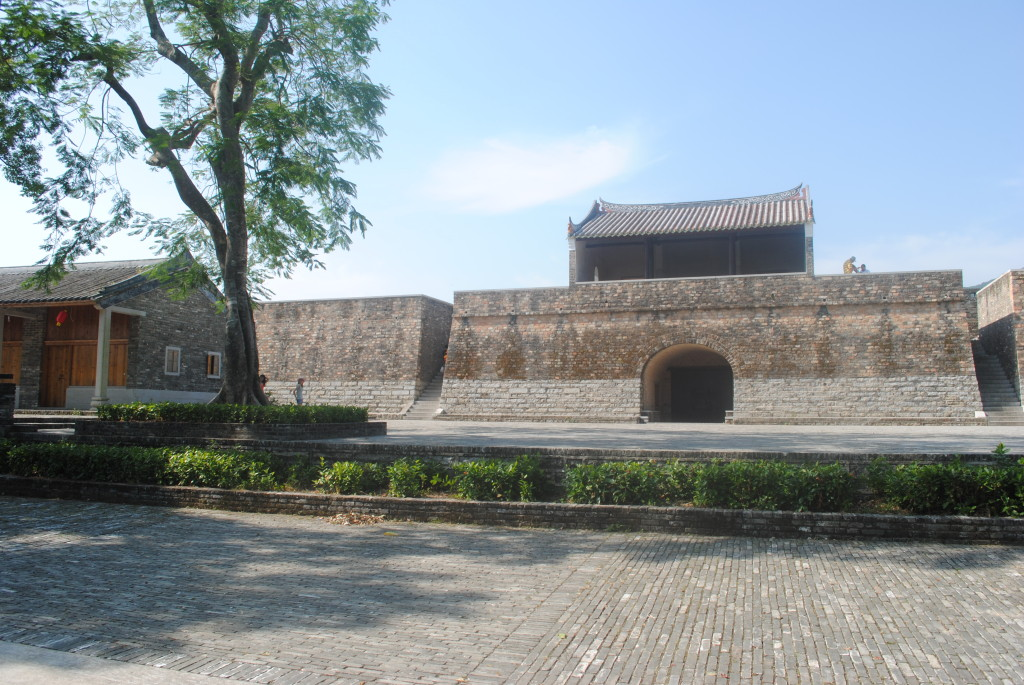 大鵬所城北門