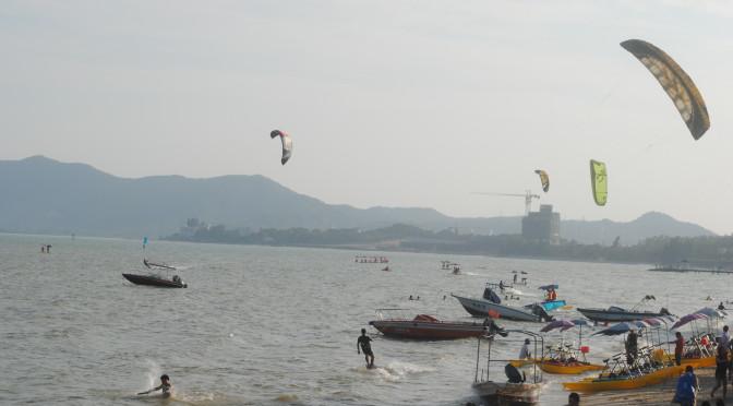 深圳較場尾海灘 飛船
