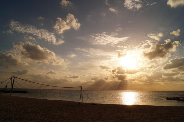 沖繩 殘波海灘日落