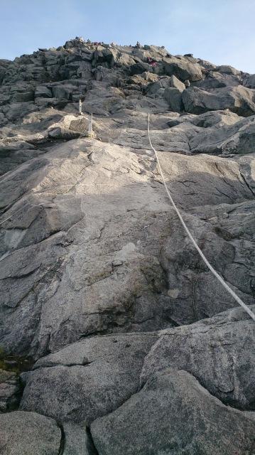 沙巴 神山 登頂