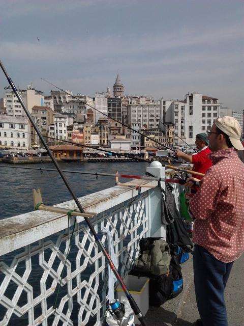 土耳其 伊斯坦堡 海濱釣魚