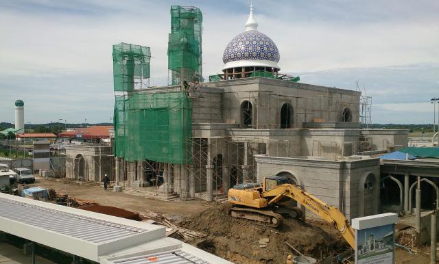 汶萊斯里巴加灣 建築中清真寺