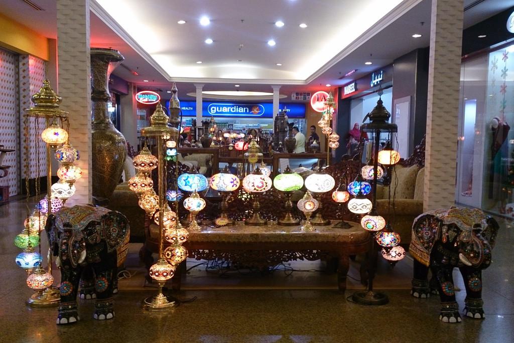 汶萊 斯里巴加灣 加東商場燈飾