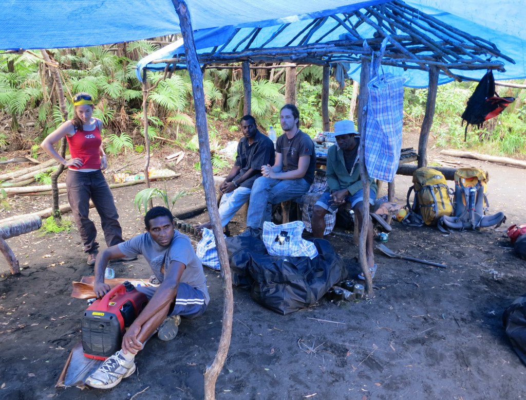 瓦努阿圖Ambrym 火山營地