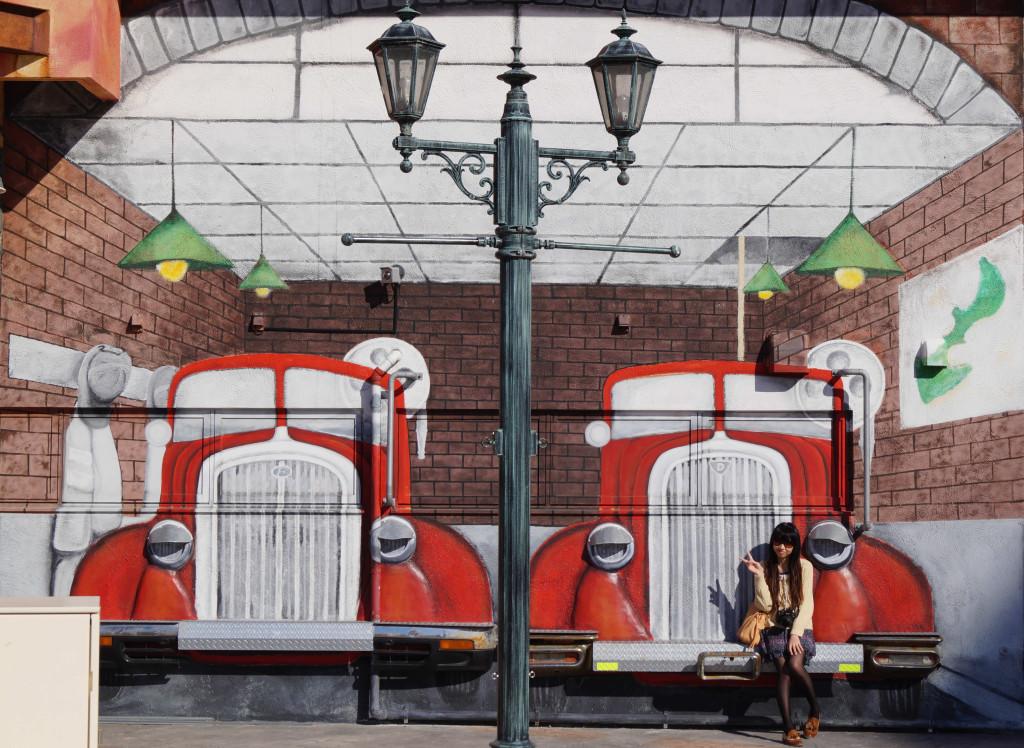 沖繩美國村貨車壁畫