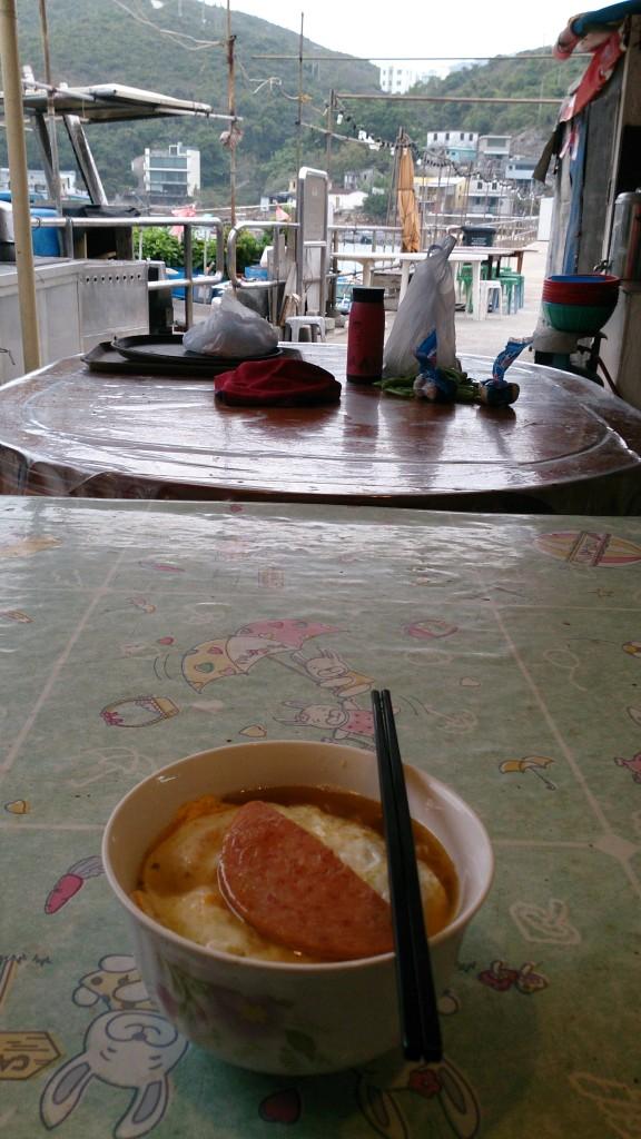 布袋澳小食店餐蛋麵