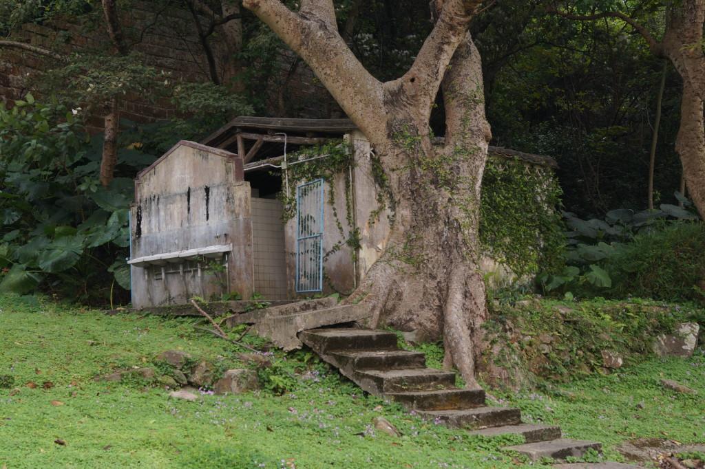 東涌砲台廢棄校舍